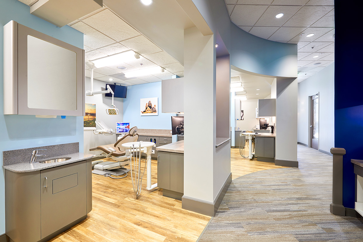 06-valley-dental  Green Curve Studio